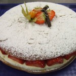 Tropezienne - Sweet Bread with fruit and pastry cream